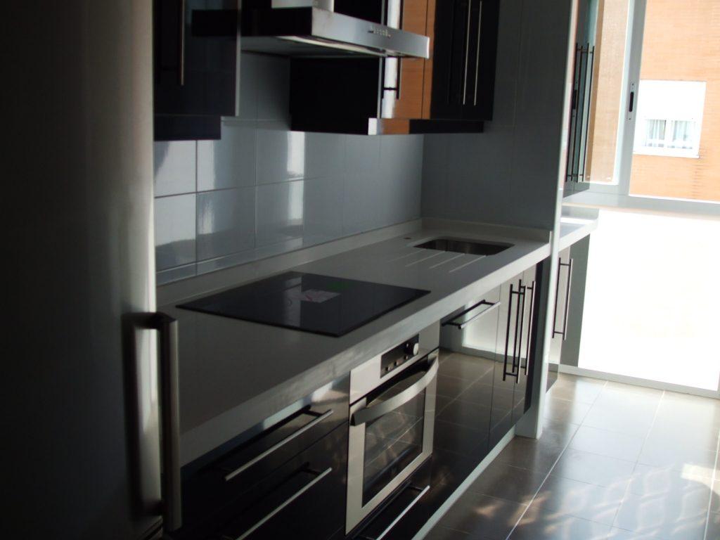 Cocinas alta gama sevilla muebles de cocina alta gama for Muebles cocina leon